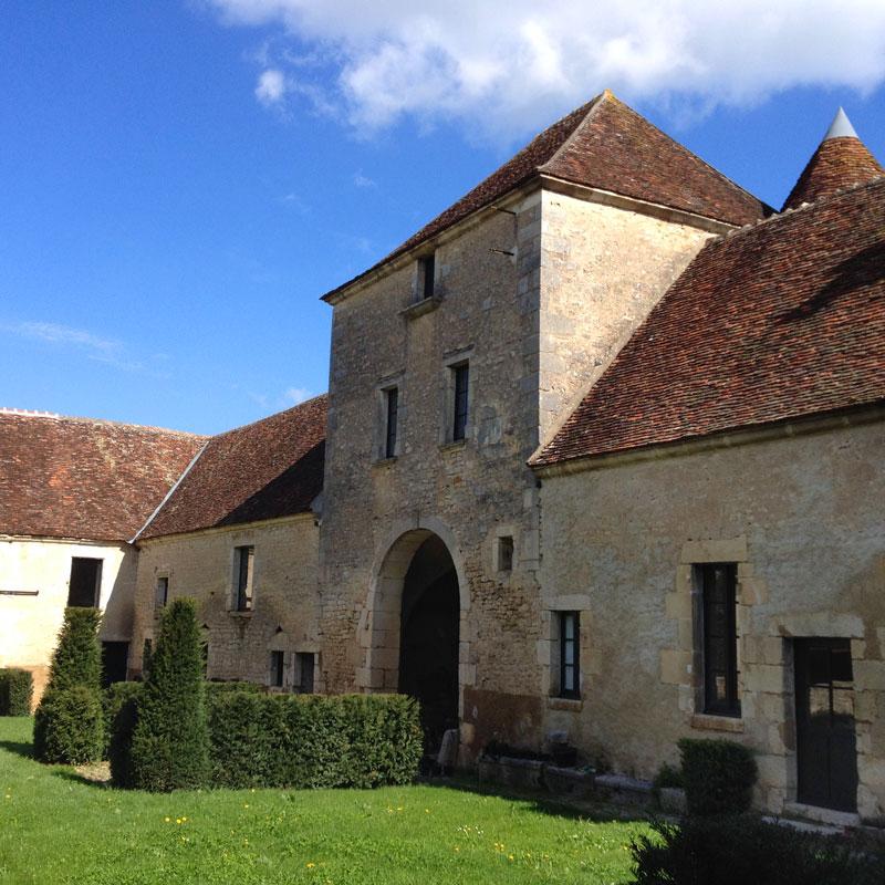 La cour des Obédiences, Chartreuse de Basseville, Pousseaux.
