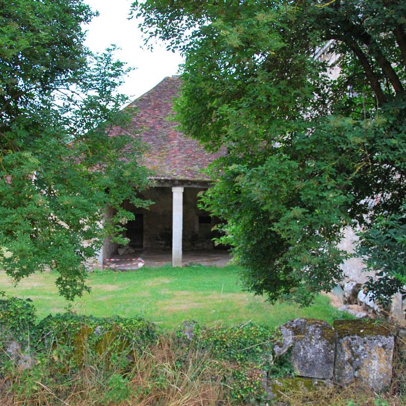 La Chartreuse de Basseville, vue du bâtiment abritant le réfectoire des Moines.