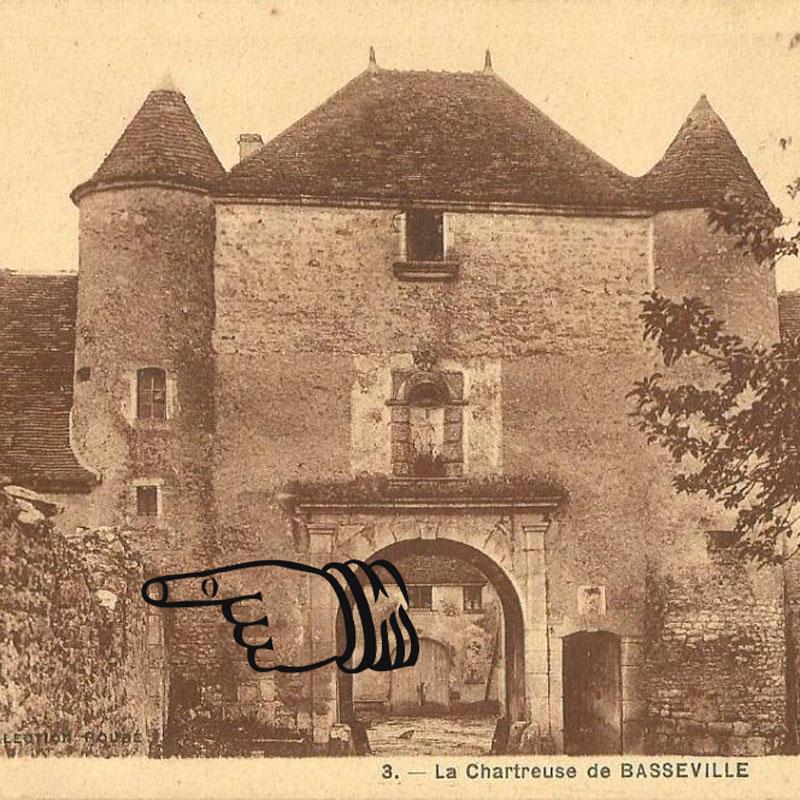 Emplacement supposé de l'ancien auditoire de la Chartreuse de Basseville, carte postale ancienne.